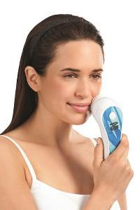 Reine Haut mit der Silk'n SCP Schall Gesichtsbürste